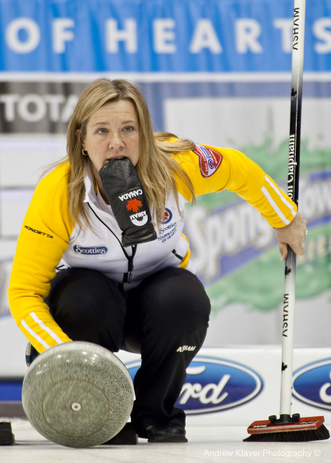 Cathy Overton-Clapham vs Team Canada at the 2011 Scotties Tournament of Hearts Manitoba